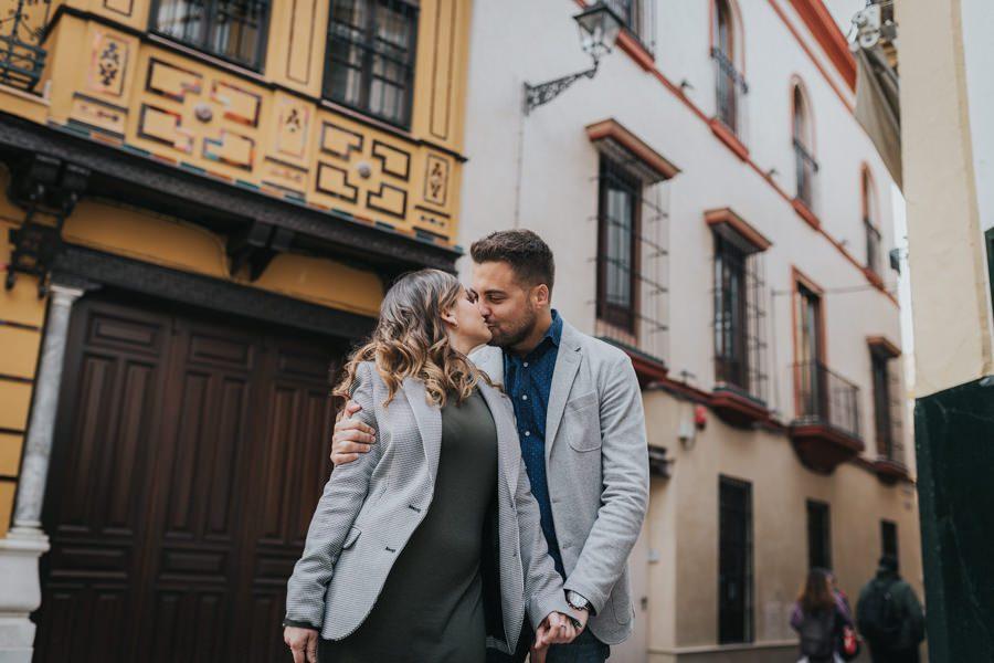 Sesión de fotos en pareja en Sevilla | Ismael y Eli