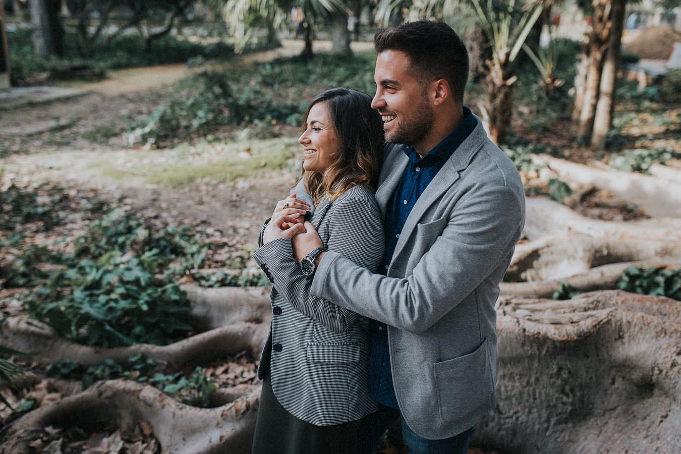 Sesión de fotos de pareja en Sevilla Parque Maria Luisa