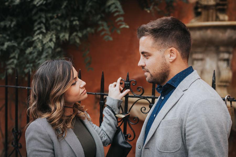 romantica sesion de fotos de pareja en sevilla