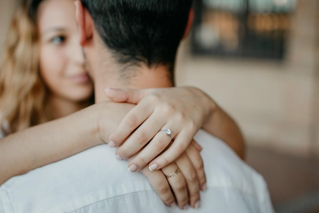 セビリアでのコミットメント romantica pedida de mano en sevilla