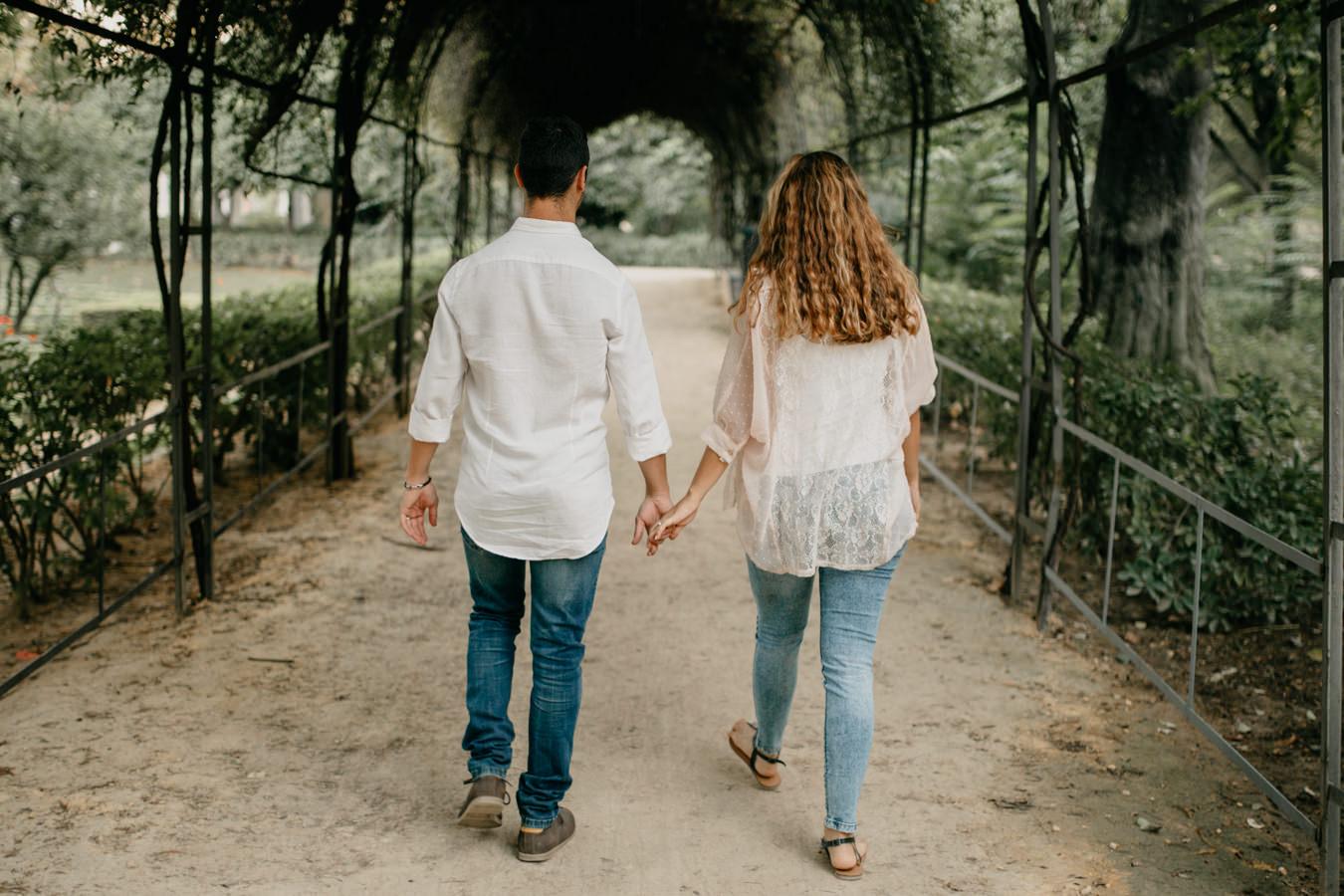 paseo romántico por las calles de Sevilla