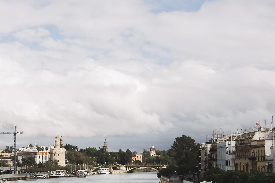 Pedida de mano en Sevilla Puente de Triana